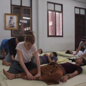thai massage bangkok